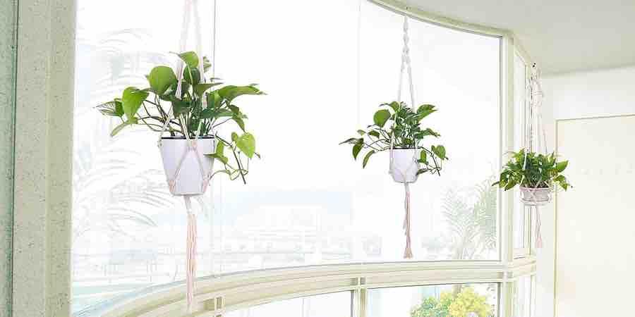Maceteros para colgar plantas artificiales